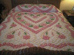 Sweet PINK and White HEARTS, Roses and CURLIQUES Vintage Chenille Bedspread
