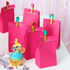 Plan a Shimmer and Shine Birthday Party: Lovely bejeweled party favor bags