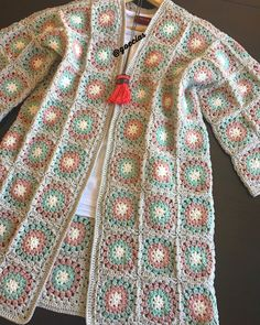 Dear Engin Lady cardigan on the way to … - Knitting Crochet Cardigans Crochet, Crochet Dog Sweater, Crochet Jacket, Crochet Cardigan, Crochet Clothes, Crochet Granny, Crochet Motif, Crochet Patterns, Crochet Decoration
