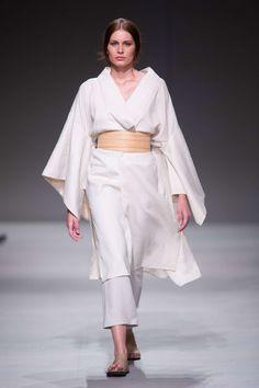 Linen kimono and wooden belt. Ss 15, Summer 2015, Kimono, Belt, Collection, Fashion, Jacaranda Trees, Moda, Waist Belts