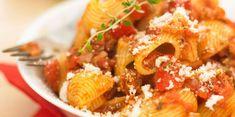 Pipe rigate au thon : découvrez les recettes de cuisine de Femme Actuelle Le MAG Grains, Rice, Table, Pasta, Tuna, Fish, Cooker Recipes, Tables, Desk