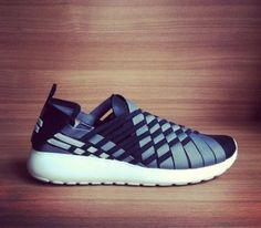 Nike Roshe Run Woven (2014) Preview