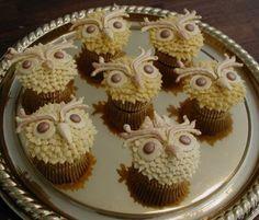 Golden Owl Cupcakes