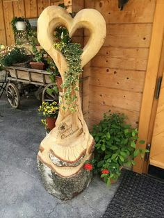 10 woodworking projects you can make that sell really well. Garden projects is an enjoyable and easy woodworking niche to work in. Tree Carving, Wood Carving, Easy Woodworking Projects, Wood Projects, Garden Projects, Woodworking Wood, Wood Crafts, Diy And Crafts, Wooden Decor