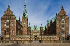 Castles Tour from Copenhagen: North Zealand and Hamlet Castle