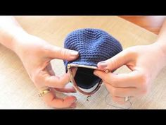 Metal frame crochet coin purse patterns and tutorials for FREE! - Crochet Now
