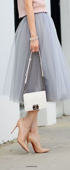 Chanel - Chic and elegant tulle skirt