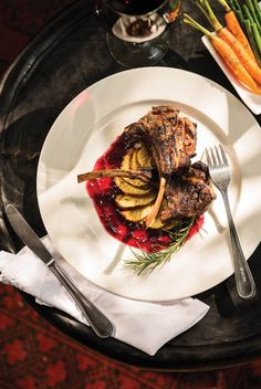 If you are looking for exceptionally high quality food while on safari, Dulini Lodge is the best place to stay in Botswana. Try their delicious lamb. YUM. Timbuktu Travel