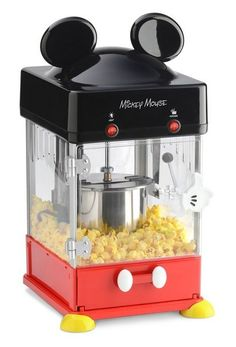 Make family time more magical with the Mickey Mouse Kettle Popcorn Popper. This kettle-style popper is perfect for parties, movie nights and more. Make delicious popcorn for the whole family and serve it up in the 4 included Mickey character cups. Cozinha Do Mickey Mouse, Mickey Mouse Kitchen, Mickey House, Casa Disney, Disney Rooms, Disney Themed Rooms, Deco Disney, Disney Mickey Mouse, Minnie Mouse