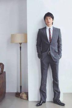 男性芸能人のスタイルの良さが分かる画像 Suit Jacket, Breast, Actors, Suits, Formal, Boys, Jackets, Japanese, Style