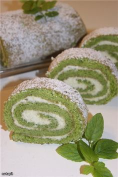 Незвичайний рулет Different Cakes, International Recipes, Matcha, Vanilla Cake, Biscuits, Rolls, Food And Drink, Sweet, Desserts