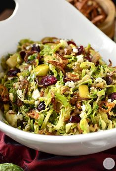 Fall Shredded Brussels Sprouts Salad is crispy and crunchy, and full of fresh and savory flavors! All clean eating ingredients are used for this healthy salad recipe. Easy Thanksgiving Recipes, Fall Recipes, Thanksgiving Appetizers, Thanksgiving Meal, Vegetable Thanksgiving Side Dishes, Autumn Vegetable Recipes, Thanksgiving Vegetables, Thanksgiving Prayer, Vegetable Dishes