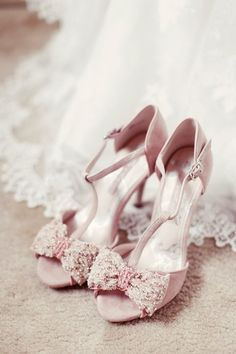 pink bow shoes - Read more on One Fab Day Bow Shoes, Pink Shoes, Me Too Shoes, Pink Wedding Shoes, Bridal Shoes, Wedding Heals, Bow Wedding, Chapel Wedding, Trendy Wedding
