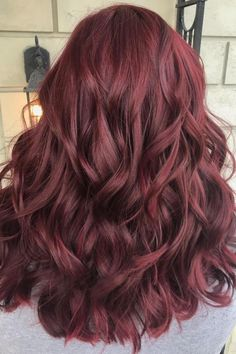 Dark red hair color looks trendy this winter, . - Dark red hair color looks trendy this winter, red - Shades Of Red Hair, Blue Hair, Plum Red Hair, Curly Red Hair, Red Velvet Hair Color, Redish Brown Hair, Dark Burgundy Hair, Ombre Burgundy, Red Violet Hair