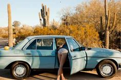 50 Photos Of Hot Women With Some Of The Coolest Cars On The Planet - Airows