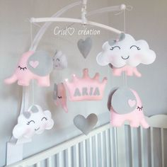 Dyi Baby Gifts, Rain Baby Showers, Whimsical Nursery, Minimalist Baby, Baby Crib Mobile, Baby Shower Balloons, Baby Shower Centerpieces, Mobiles, Baby Decor