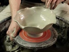 Throwing a fluted bowl on the potters wheel