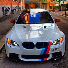 Any bmw lovers here? How not to fall in love with this? Bmw Autos, Maserati, Ferrari, Bmw Sport, Sport Cars, Bmw R100 Scrambler, Bmw X5 F15, E90 Bmw, Luxury Sports Cars