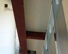 Panel de madera con núcleo aislante para cubiertas, tejados, entreplantas decorativas, forjados, tabiques y trasdosados. #panel #cubierta #tejado #aislamiento