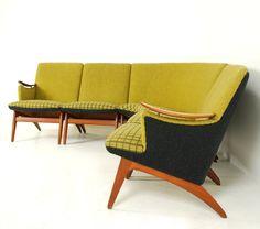 gerhard berg - varia sectional sofa for vatne lenestolfabrikk 1955 Teak Furniture, Retro Furniture, Mid Century Modern Furniture, Furniture Design, Midcentury Modern, Lounge, Retro Home, Mid Century House, Mid Century Design