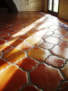 Get Saltillo Tile right from the source - Rustico Tile and Stone. We ship worldwide and offer discount prices for handmade Saltillo floor tile. Spanish Design, Spanish Style Homes, Spanish House, Spanish Revival, Spanish Colonial, Mexican Kitchens, Mexican Tile Kitchen, Hacienda Kitchen, Kitchen Tiles