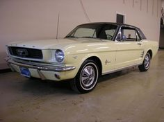 60's cars MUSTANG | 1966 Ford Mustang | Pony Cars of the 60's & 70's