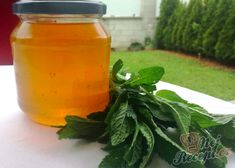 Mátový sirup | NejRecept.cz Home Canning, Kraut, Healthy Nutrition, Syrup, Catering, Smoothies, Herbalism, Spices, Food And Drink