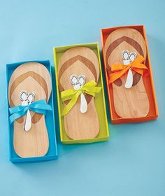 Flip-Flop Cutting Board with Spreader (cause you need cheese in your home office, duh.)