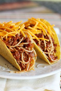 Spaghetti Tacos, I'm going to make these before a softball game sometime and invite the whole team over!