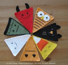 Halloween Bunting Crochet Pattern - $