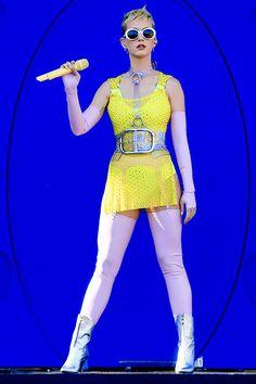 I ❤ Katy Perry — Katy Perry performs at 102.7 KIIS FM's 2017 Wango...