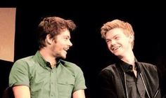 They are the cutest best friends haha Thomas Brodie-Sangster Dylan O'brien Maze Runner