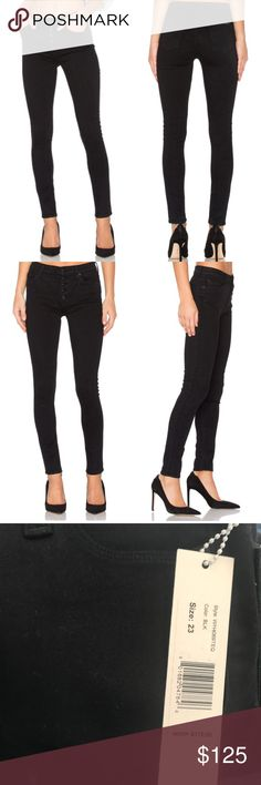 "NWT Hudson ""Ciara"" Super Skinny Jeans in Black NWT Hudson ""Ciara"" low rise skinny jeans. Five-pocket style. Fitted through super-skinny legs. Exposed button fly. Cropped at the ankle. Hudson Jeans Jeans Skinny"