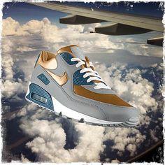 aerodis #airmax iD Max up the skies from Nike PHOTOiD: http://photoid.nike.com/shoe-detail/25389.htm