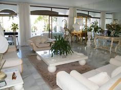 Rare Opportunity to Buy An Outstanding Spacious 3 Bedroom Apartment, all on One Level, With the Best Garden Views and a Magnificent Terrace. For Sale at 840,000 Euros. Located just a few minutes walk from all of the Puerto Banus, shops, boutiques, bars, restaurants, beaches and Paddle Tennis. By Car: - Golf course: 5 mins. Malaga Airport: 40 mins.  John Neville Cohen. Malaga Airport, Puerto Banus, 3 Bedroom Apartment, Double Bedroom, Amazing Gardens, Paddle, Boutiques, Beaches, Terrace