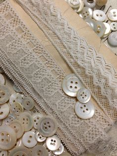 Wonderful French lace and Mother of Pearl buttons ♥