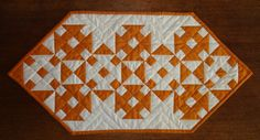 Table Runner, made by Sharon (Grass Roots Quilting) for Lori (Humble Quilts) -- [Stunning layout!]