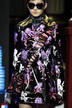 Kenzo Fall 2016 Ready-to-Wear Fashion Show Details