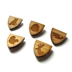 Wood Tie Pin - SET of 3 - Lapel Pin - Bamboo - Wedding - Groom - Boutonniere - Groomsmen - Rustic Wedding - Modern Wedding