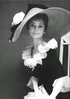 """Os 50 Anos do Filme """"My Fair Lady"""" - Design Innova"""