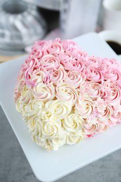 Ihastuttava ruusukakku // Lovely rose cake Rose Cake, Valentines Day, Valentine's Day Diy, Valentine Words, Valentines, Valentine's Day