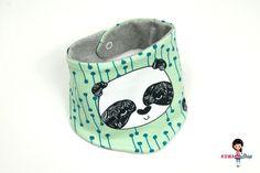 Baby Wendehalstuch Panda von KowaShop auf DaWanda.com