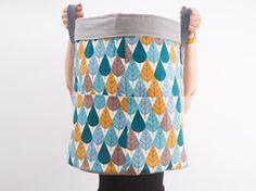 Tutoriel DIY: Coudre un grand panier de rangement pour la chambre d'enfant via DaWanda.com Coin Couture, Diy Clothes, Sewing Projects, Diy Projects, Knitting, Crochet, Pattern, Camille, Gabriel