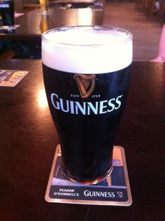 This is the best spot in Derry to grab a pint and catch a traditional, Irish music performance.