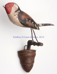song bird on a wall mount