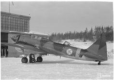 https://upload.wikimedia.org/wikipedia/commons/2/2f/Ilyushin_Il-4_serial_DF-25_SA-kuva_148731.jpg