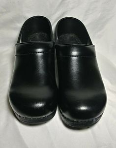 cdf1cfcb0 Comfort Shoes · Dansko Womens Professional Clog Black Leather Size 40 in  very good condition  fashion  clothing