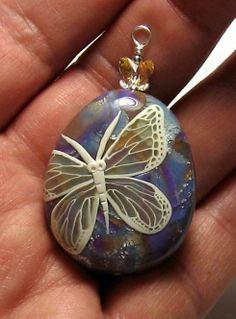 So pretty ~ love butterflies!