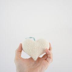 Crochet heart - free pattern in Danish