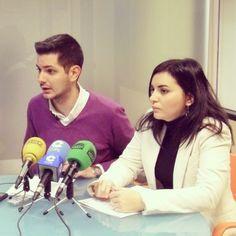 Presentant en roda de #premsa l'oficina d'atenció als afectats pels impagaments de l'#Ajuntament.  http://www.socialistesdegandia.es